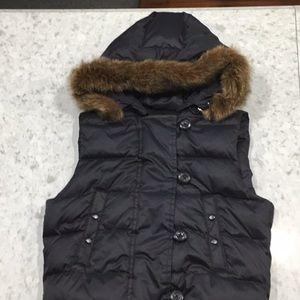 GAP Down Black Puffer Vest Size Small NEW!